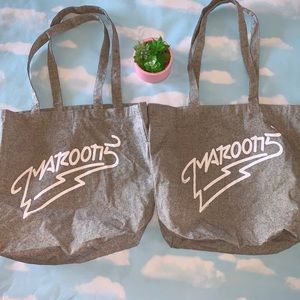 New Maroon 5 Concert Tote Bags (2)